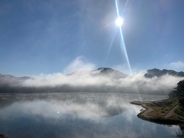 錦秋湖の朝 2020.11.21 Photo by 瀬川瑛子