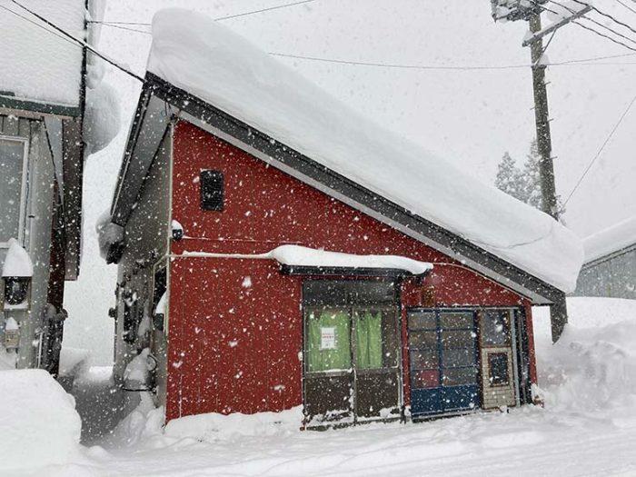 12/16 記録的な大雪@駅前通りにて